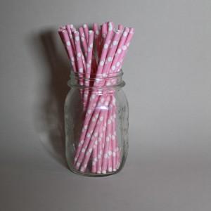 Světle růžová brčka s puntíky